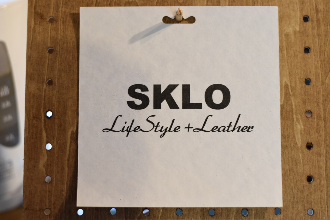 SKLOのスローガン、life-style + leather